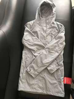 BN north face city midi trench M size