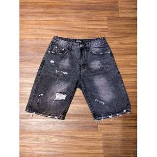🚚 刷色破壞牛仔短褲 刷破 黑色