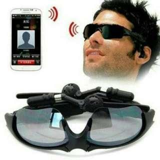 Kacamata Bluetooth Headset Model Sporty Futuristic Ala Matriks dengan lensa yg bisa cabut Pasang