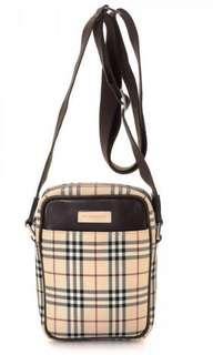 💯 Authentic Burberry Crossbody Bag