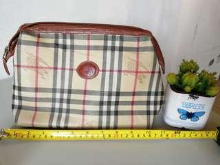 REPRICED!!! Vintage burberry's pouch