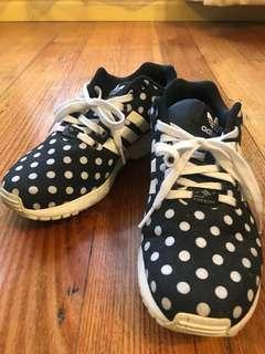Women's Adidas sneakers size 8