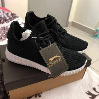 Slazenger Black Sport Shoes