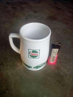 Mug castrol
