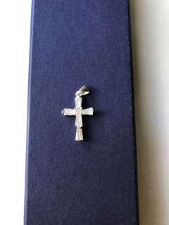 Diamond cross pendant 鑽石十字架吊咀