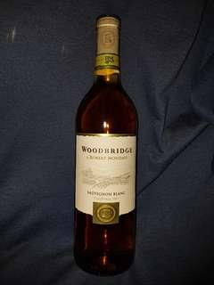 White wine - Woodbridge Sauvignon Blanc 2011