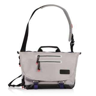 CRUMPLER Sling Bag Chronicler R2D2 Original