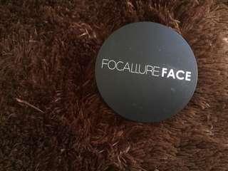 focalure pressed powder