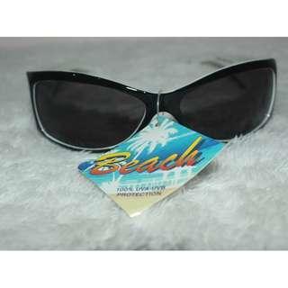 FGX FASHIONABLE SUNGLASSES FOR WOMEN