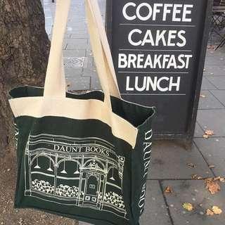 Daunt Books Signature Canvas Bag (Moss)