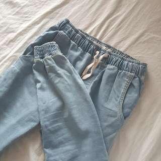 🌹 Cuffed Denim Jeans