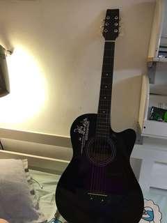 Acoustic guitar 紫色木吉他