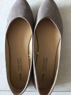 Brand New US George Formal Flats in Grey