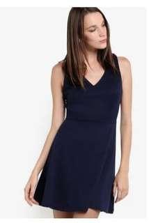 🚚 Zalora V Neck fit & flare dress