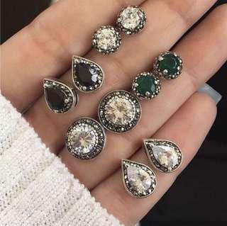 'Rania' Regal Vintage Inspired Earrings Set