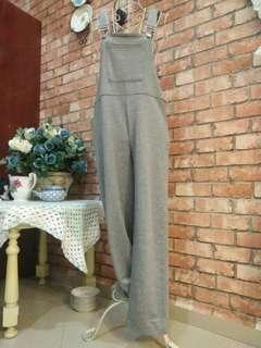 Grey Jumpsuit (overall hook)