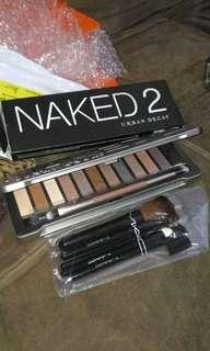 N2 pallete eyeshadow  free kuas