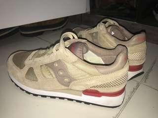 Saucony Shadow Brown Red