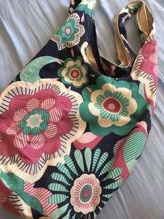 PRE-LOVED Floral Bucket Bag