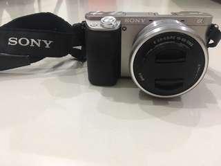 WTS: Sony Alpha 6000L