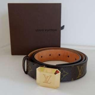 LV belt (pre loved) 100% authentic