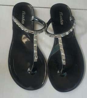 Sandal Bata Flat