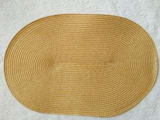 Woven placemat ( yellow)