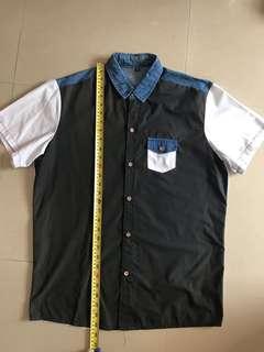 黑面白底恤衫 (XL) $20兩件