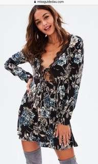 Missguided floral tie up plunge dress