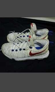 🚚 Nioe kd籃球鞋us10.5