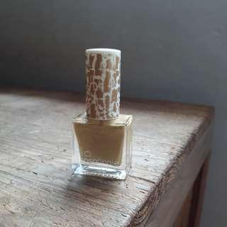 Sasatinnie crackle nail polish