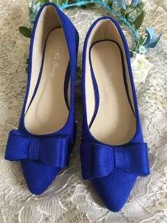 Blue shoes from Korea/free sf