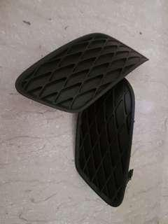 Toyota Allion 2008 fog light cover
