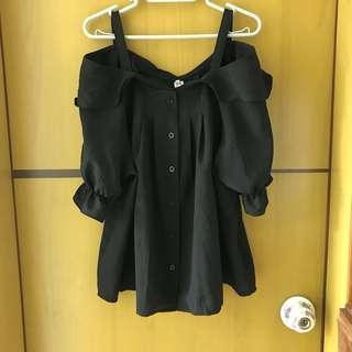 L size Black Top