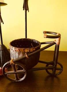 Lacquer cane tricycle with basket