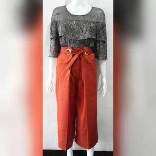 New belted wideleg pants with silver top bundle