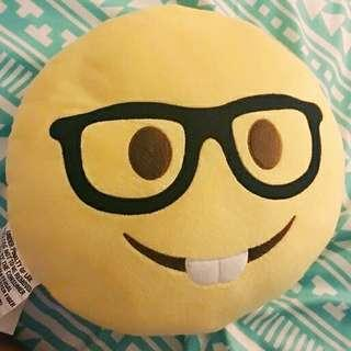 LOOKING FOR Emoji Pillow