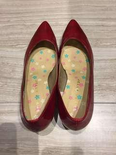 Japan jelly bean red shoe