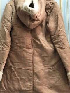 牛角扣外套