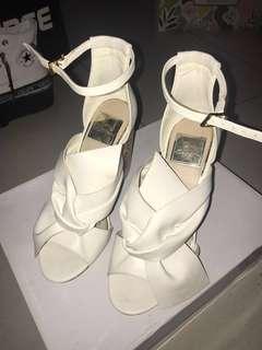🌈Miss selfridge white heels