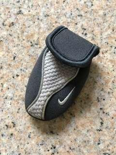 Nike - small clip on coin pouch