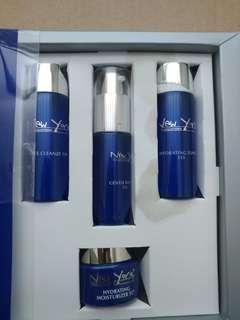 New York skin solution travel kit