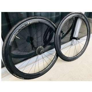 Specialized Roval CLX40 Carbon Clincher Wheelset