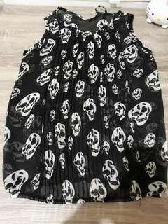 Black skull blouse