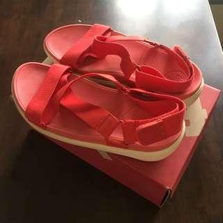 NEW Fitflop Sandals