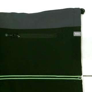 🚚 HTC 黑灰色背心 XL