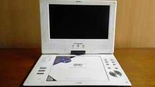 Devant Portable DVD Player