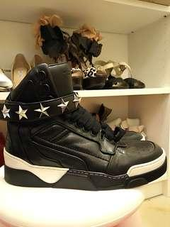 GIVENCHY Tyson Star sneakers size 41