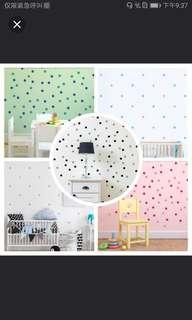 Colourful Circle wall sticker Polka dot ⭕4cm Gold. White. Black. Grey. Mint. Yellow. Orange. Pink. Hot pink. Light purple. Dark purple. Light blue. Sky blue. Blue. Dark blue. Turquoise blue. Light green. Media+green+Dark . Apple Green 60pcs=RM50 100=RM70