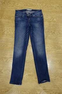 Authentic LEVI'S Woman Jeans
